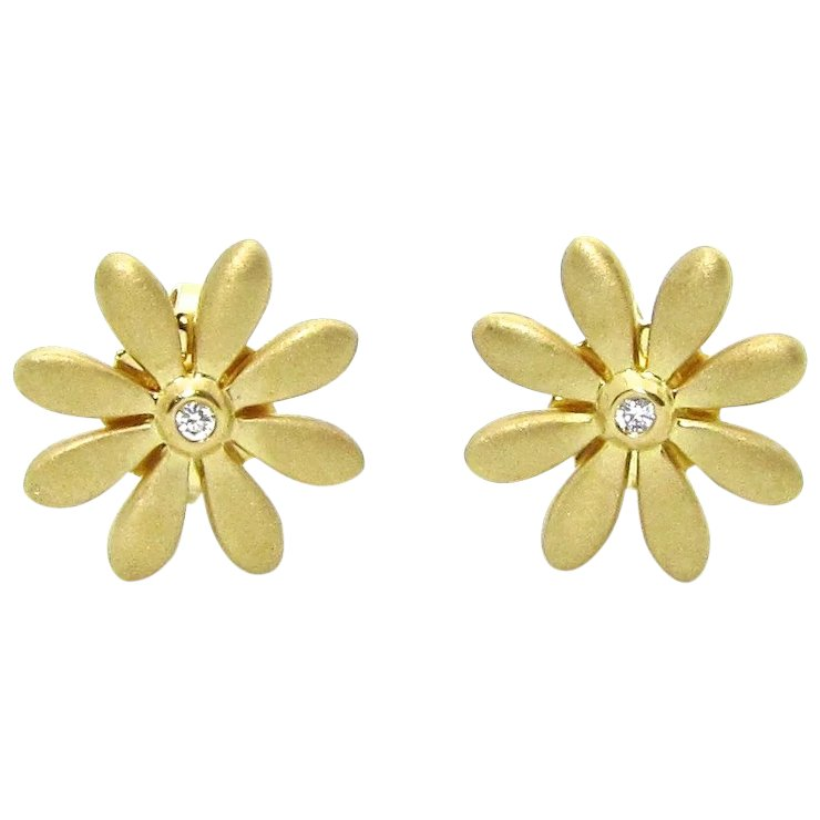 Rare Tiffany Co 18k Gold 750 Clic Diamond Daisy Flower Stud Earrings Retired