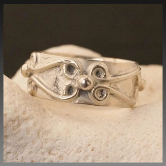 Vintage Mexican Sterling Silver Band