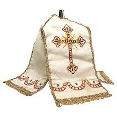 Antique Nineteenth Century Silk and Embroidered Ciborium Veil