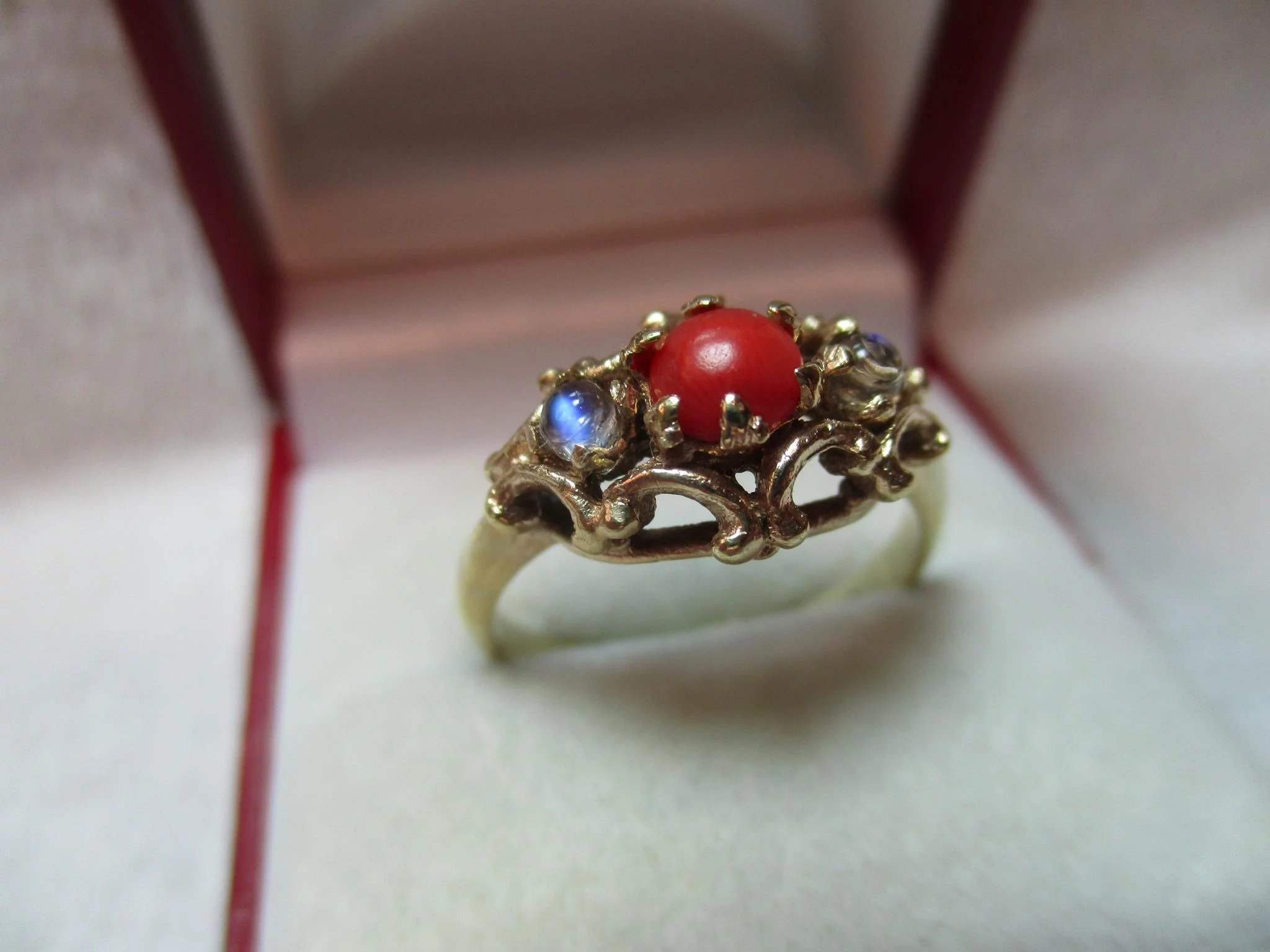 red moonstone ring - photo #45