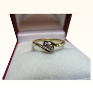 Attractive{Birmingham 1925} 18ct Gold Diamond Gemstone Twist Ring{0.1Ct Weight}