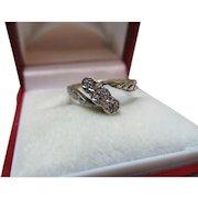 Pretty Antique 18ct Solid Gold 3-Stone Diamond Gemstone Twist Ring