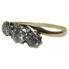 Decorative Antique 18ct Solid Gold 3-Stone Diamond Gemstone 'Crossover' Ring{0.15Ct Weight}