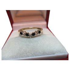 Pretty Vintage 9ct Solid Gold 7-Stone Dark Sapphire + Cubic Zirconia Gemstone 'Wishbone' Ring