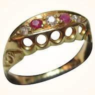 Decorative Antique {Chester 1914} 18ct Solid Gold 5-Stone Diamond + Ruby Gemstone Ring