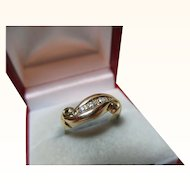 Decorative Antique 18ct Solid Gold 5-stone Diamond Gemstone Twist Ring