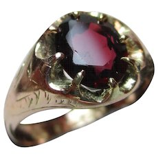 Attractive Victorian{Birmingham 1897} 9ct Solid Gold Garnet Solitaire Gemstone Ring{3.6 Grams}