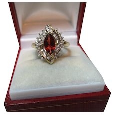 Pretty Vintage 9ct Solid Gold 'Marquise Shaped' Diamond + Garnet Gemstone 'Cocktail' Ring{3.8 Grams}