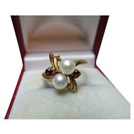 Attractive Vintage 9ct Solid Gold Garnet + Full Pearl Gemstone 'Crossover' Ring