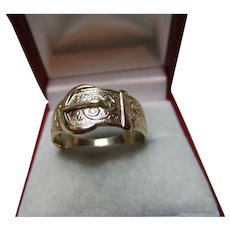 Decorative Vintage{London 1977} 9ct Solid Gold 'Foliate Engraved' Buckle Ring{3.5 Grams}