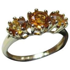Pretty Vintage 9ct Solid Gold 3-Stone Citrine Gemstone Ring