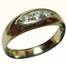 Quality Edwardian{London 1908} 18ct Solid Gold 3-Stone Diamond Gemstone Ring{3.2 Grams}{0.2Ct Diamond Weight}