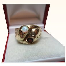 Attractive Antique 9ct Solid Gold Opal + Garnet Gemstone 'Snake' Ring{3.5 Grams}