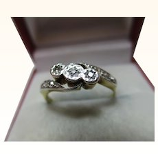 Pretty Antique 18ct Solid Gold Diamond Gemstone Twist Ring