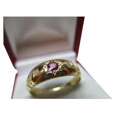 Attractive Antique 18ct Solid Gold 3-Stone Diamond + Ruby Gemstone Ring{4.6 Grams}