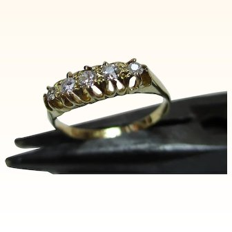 Decorative Antique 18ct Solid Gold 5-Stone Diamond Gemstone Ring{3.2 Grams}{0.3Ct Diamond Weight}