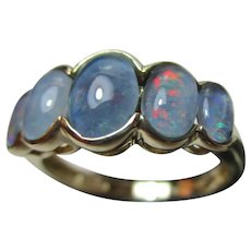 Pretty Vintage 9ct Solid Gold 5-Stone Opal Gemstone Ring