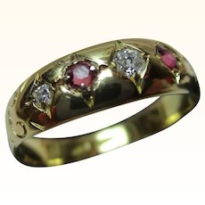 Pretty Antique 18ct Solid Gold 5-Stone Diamond + Ruby Gemstone Ring