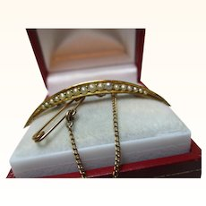 Attractive Antique 15ct Solid Gold Split Seed-Pearl Gemstone 'Crescent' Brooch