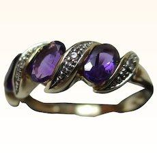 Attractive 9ct Solid Gold Diamond + Amethyst Gemstone 'Swirl' Ring