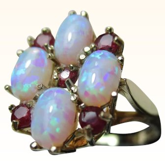 Pretty Vintage 9ct Solid Gold Ruby + Opal Gemstone Cluster Ring