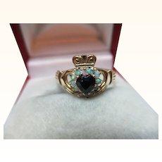 Pretty Vintage 9ct Solid Gold Dark Sapphire + Opal Gemstone 'Claddagh' Ring