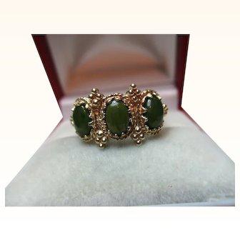 Decorative 9ct Solid Gold 3-Stone Jadeite Gemstone Ring{2.6 Grams}