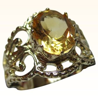 Charismatic 'Georgian Style' 9ct Solid Gold Citrine Solitaire Gemstone Ring{3.6 Grams}