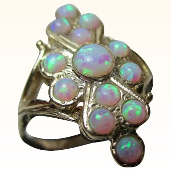 Pretty 9ct Solid Gold 'Marquise Shaped' Opal Gemstone Cluster Ring{2.8 Grams}