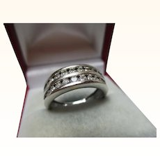 Quality 14ct White Gold Diamond Gemstone Ring{4.5 Grams}{1.0ct Diamond Weight}