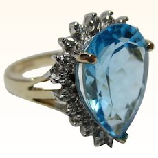 Exquisite 9ct Solid Gold 'Pear Shaped' Diamond + London Blue Topaz Gemstone Cluster Ring{4.2 Grams}
