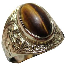 Attractive Antique 15ct Solid Gold 'Cushion Shaped' Tiger's Eye Gemstone Ring{5.4 Grams}