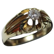 Decorative 9ct Solid Gold Diamond Solitaire Gemstone Ring{0.15Ct Diamond Weight}
