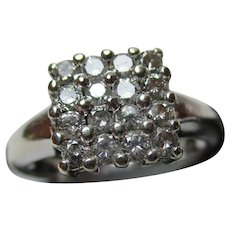 Attractive 9ct Solid White Gold Diamond Gemstone Cluster Ring{3.7 Grams}{0.65Ct Diamond Weight}