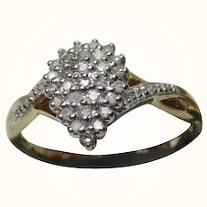 Pretty 9ct Solid Gold 'Pear Shaped' Diamond Gemstone Cluster Ring