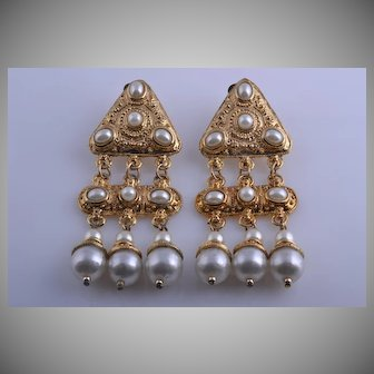 Gilt 1980's Clip On Earrings With Faux Pearls