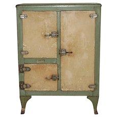 Vintage 1932 Gibson Green & Cream Icebox Refrigerator