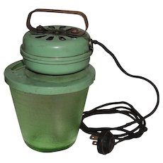 Green Depression Glass Bowl Electric Beater Hand Mixer
