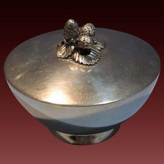 Tiffany & Co. Sterling Silver Strawberry Motif Lidded Sugar Bowl/Tea Caddy Late 20th Century