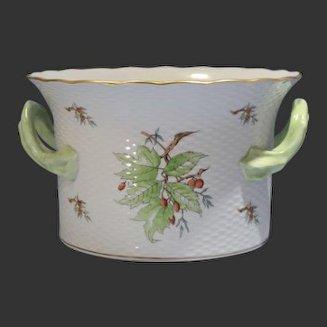 Herend Porcelain Painted Large Handled Cachepot Gooseberry Motif 20th Century