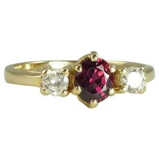 Exquisite Ruby Diamond & 14kt Gold Three Stone Ring