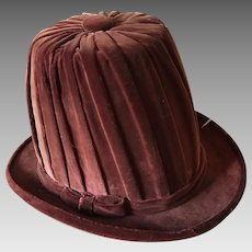 Very Rare Velvet Theater Hat Costume Stage Show Mannequin Burlesque