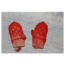 Antique 1 3/4 in. Mittens W/Thumb for French Fashion, China Doll