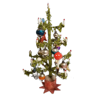Sweet Antique German Erzgiberger Christmas Tree with Ornaments