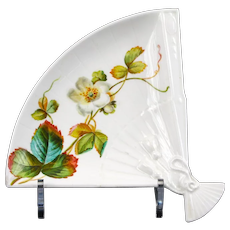 19th Century Aesthetic Movement Fan Shaped  Plates