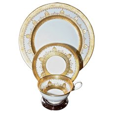 George Jones Gold Encrusted Dinner Service for 12