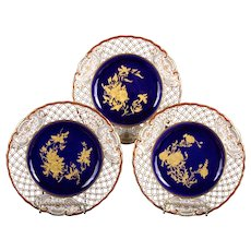 10 19th Century Wedgwood Queensware Cobalt and Gilt Plates