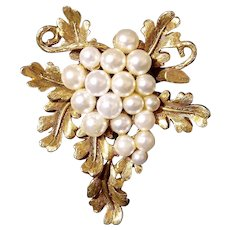 Sale - Lovely Florenza Imitation Pearl Grape Cluster Brooch