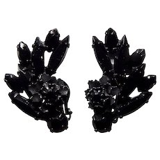 Elegant Black Jet Rhinestone Black Japanned Clip Earring