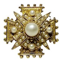 ART Imitation Pearl Encrusted Maltese Cross Petite Brooch